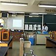 吉野中学校へ授業研究です。